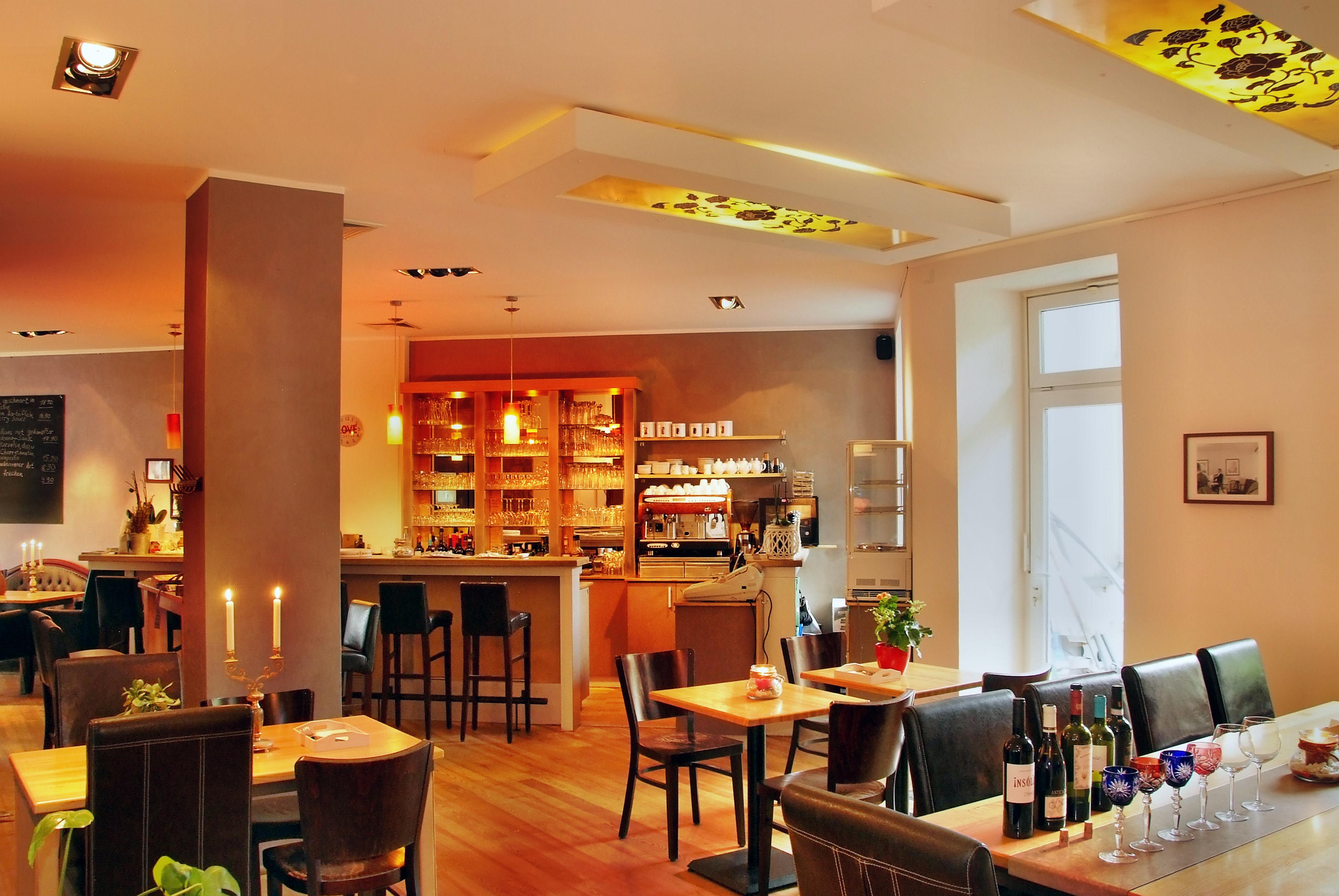 delikat essen restaurant in dortmund vegan fleisch fisch. Black Bedroom Furniture Sets. Home Design Ideas